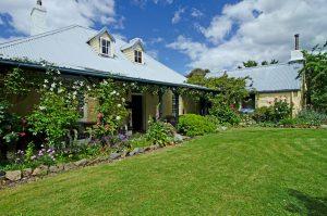 house-garden-resize